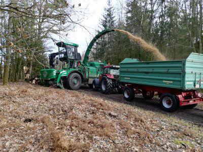 Erstellung von Holzhackgut -  Biomasse Ecker GmbH & Co. KG